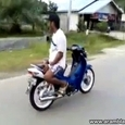 Crazy Bike Stunts