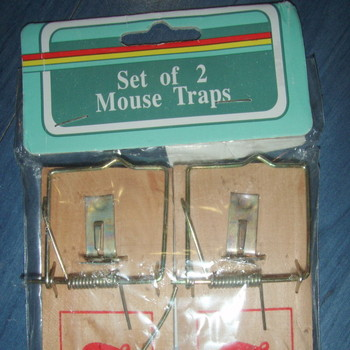 2 uut hiirelõksu