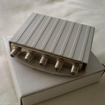 DiSEq DSW-4115P C4x1 switch