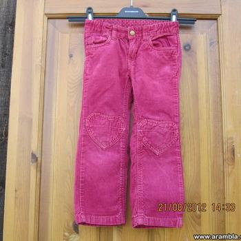 H&M velvetist püksid s.110.